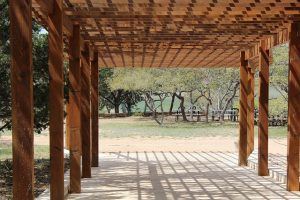 Read more about the article 4 סיבות לבנות פרגולה בקיץ הזה